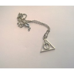 Deathly Hallows necklace (Standard)