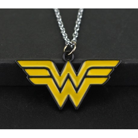 Justice League Wonder Woman Pendant Necklace (Bronze Metal)